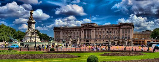 Экскурсия в две королевские резиденции: Букингемский и Кенсингтонский дворцы